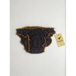 Braga menstrual negra vista frontal