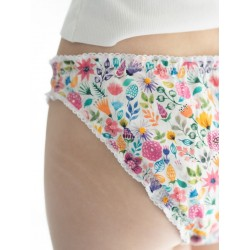 Braga menstrual flores primer plano